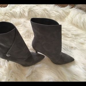 CHARLES BY CHARLES DAVID high bootie.